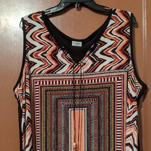 22/24W CATO SLEEVELESS TOP-GEOMETRIC SHAPES